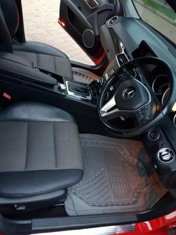2011-mercedes-benz-c-class-big-2