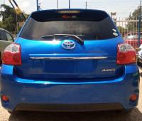 2012-toyota-auris-small-1
