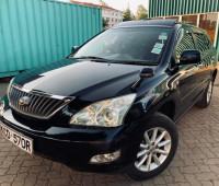 2009-toyota-harrier-small-9