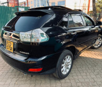 2009-toyota-harrier-small-8
