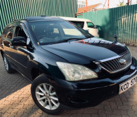 2009-toyota-harrier-small-0