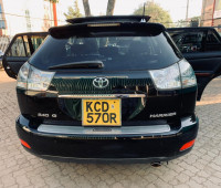 2009-toyota-harrier-small-1