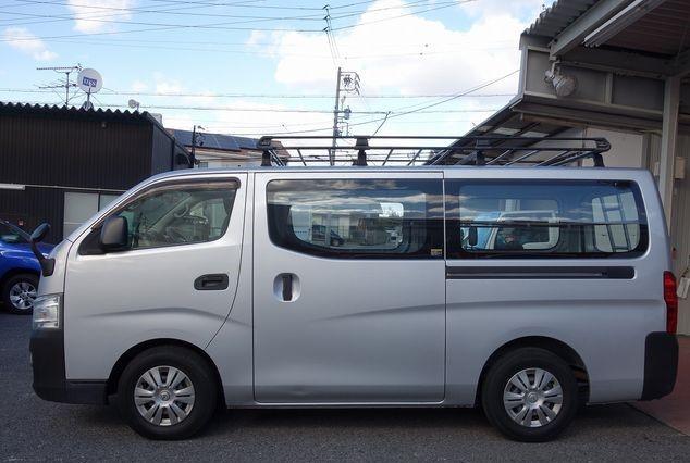 nissan-caravan-2014-big-16