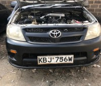 2009-toyota-hilux-small-2