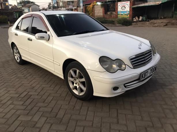 2005-mercedes-benz-c180-big-1