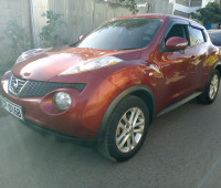 2010-nissan-juke-small-0