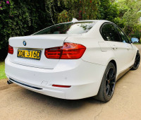 2013-bmw-1-series-small-3