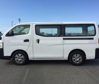 2014-nissan-caravan-small-19