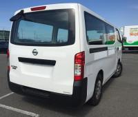 2014-nissan-caravan-small-11
