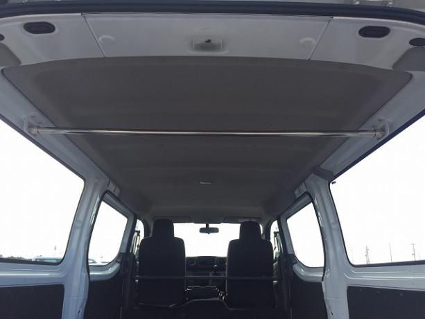 2014-nissan-caravan-big-17