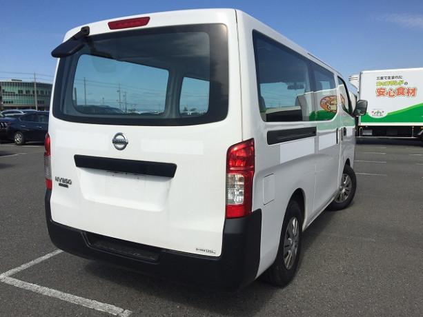 2014-nissan-caravan-big-11