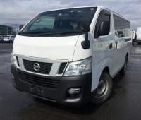 2013-nissan-caravan-small-18