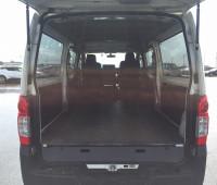 2013-nissan-caravan-small-15