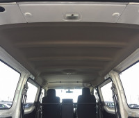 2013-nissan-caravan-small-14