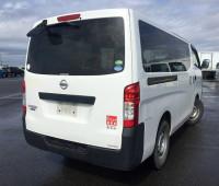 2013-nissan-caravan-small-10