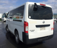 2013-nissan-caravan-small-9