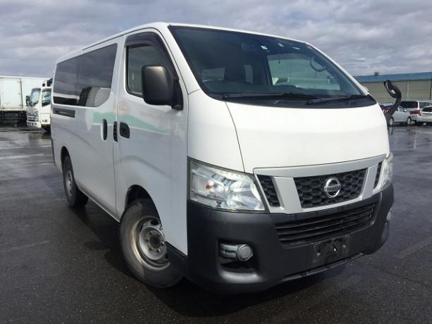 2013-nissan-caravan-big-19