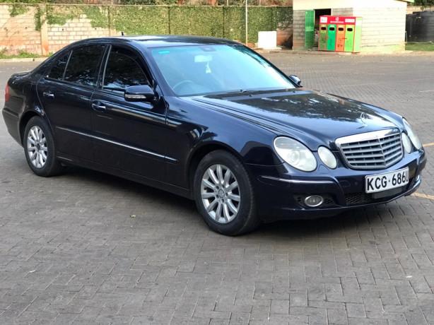 2009-mercedes-benz-e300-big-1