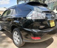 2012-toyota-harrier-small-2