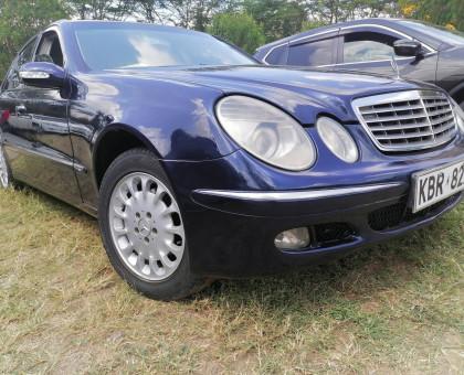 2004 Mercedes Benz E200