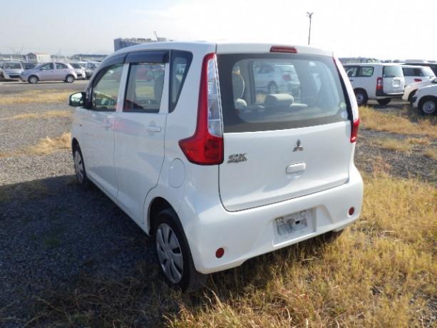 mitsubishi-ek-wagon-big-2