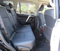 fully-equipped-toyota-landcruiser-prado-2017-model-excellent-condition-small-7