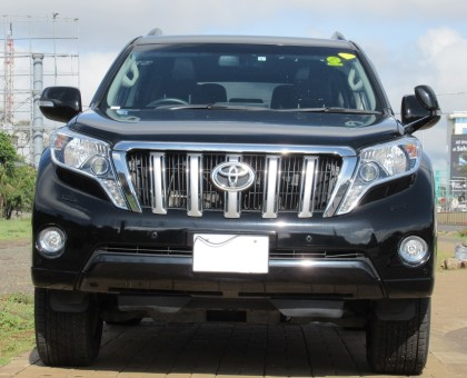 Fully Equipped Toyota Landcruiser Prado 2017 model excellent condition