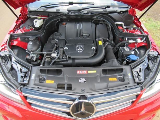 mercedes-benz-c180-red-color-2014-model-big-7