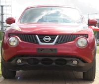 nissan-juke-2014-model-red-color-small-0
