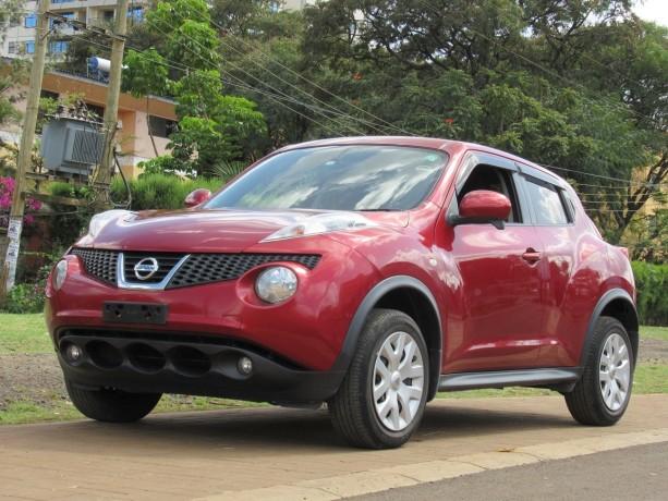 nissan-juke-2014-model-red-color-big-1