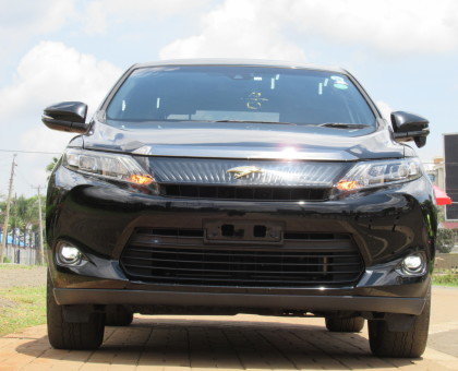 TOYOTA HARRIER 2014 MODEL EXCELLENT CONDITION