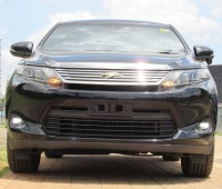 panoramic-glass-roof-toyota-harrier-2014-model-black-color-small-0