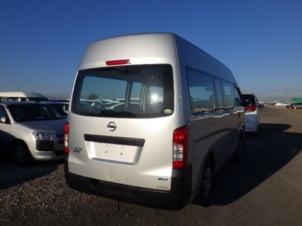 nissan-caravan-big-1