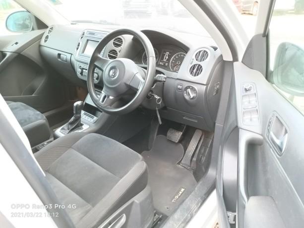 2013-volkswagen-tiguan-unused-locally-big-6