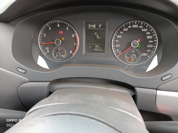 2013-volkswagen-jetta-big-6