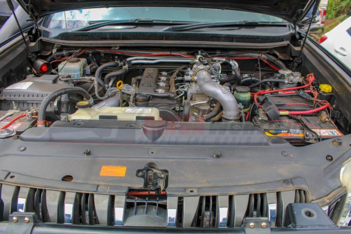 land-cruiser-2012-diesel-big-7