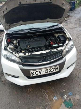 clean-2012-toyota-wish-for-sale-big-2