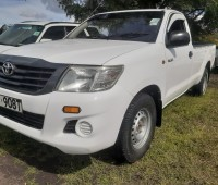 clean-toyota-hilux-for-sale-small-2