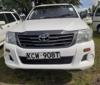 clean-toyota-hilux-for-sale-small-0