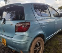 clean-toyota-vitz-for-sale-small-4