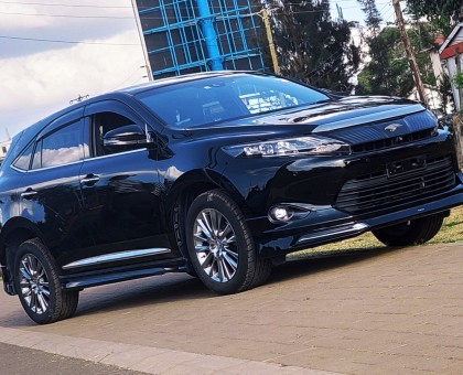 Toyota Harrier Premium Plus 2014, Sunroof