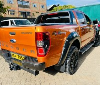 ford-ranger-small-8