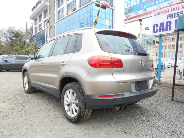 volkswagen-tiguan-big-1