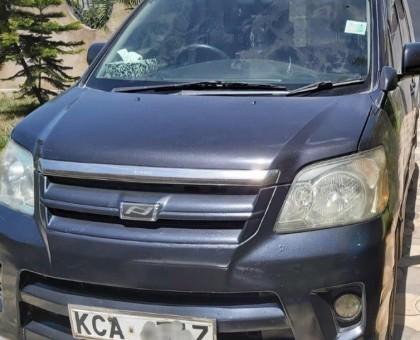 Toyota Noah Clean vehicle Quick sale