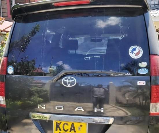 toyota-noah-clean-vehicle-quick-sale-big-1