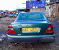 mercedes-benz-1994-model-for-sale-small-9
