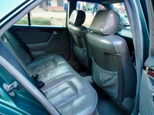 mercedes-benz-1994-model-for-sale-big-3