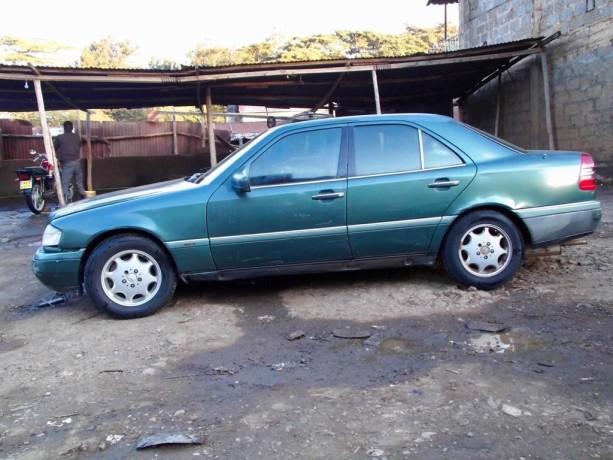 mercedes-benz-1994-model-for-sale-big-5