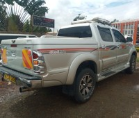 toyota-hilux-double-cab-small-3