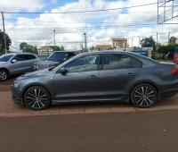 vw-jetta-special-edition-2014-small-3